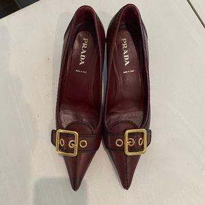 PRADA pointy leather kitten heels